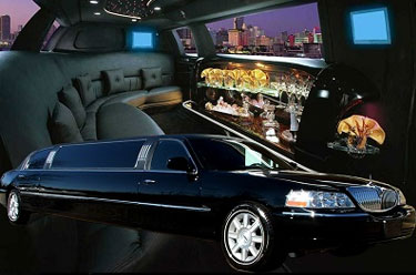 Lincoln Stretch Limousine - Legacy Limousine